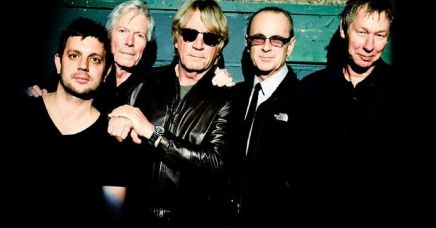 Status Quo Confirm 'Aquostic Live 2015′ UK Tour