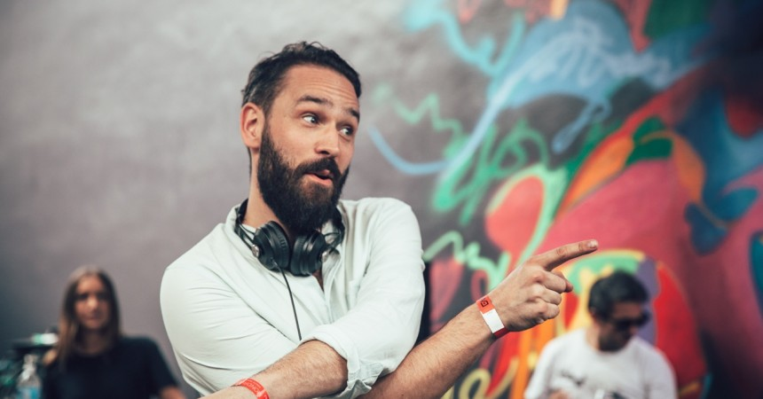Jonas Rathsman To Play UK New Years Day Set