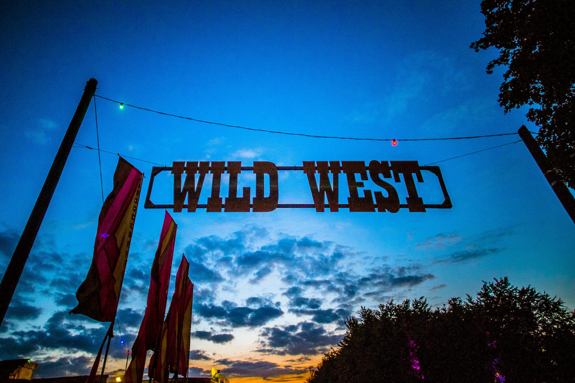 Boomtown-ScottSalt-WildWest-SS-0001-3