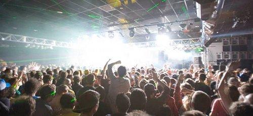 blocweek-crowd2
