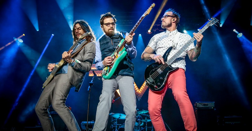 inSYNC's 'Needed' Track of the Week: 'Can't Knock The Hustle' by Weezer